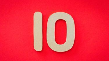 tot tien tellen / het nummer tien op een rode achtergrond