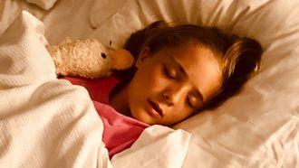 op-tijd-uit-bed-naar-bed-kinderen-slapen