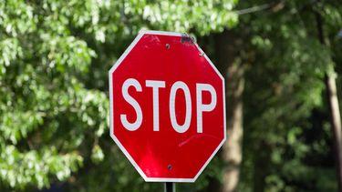stop lichamelijke grenzen