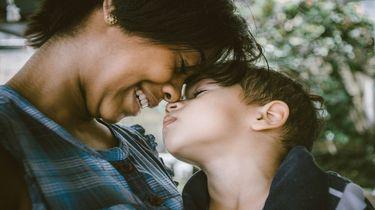Moeder en zoon: hoe voer je een goed gesprek met je zoon?