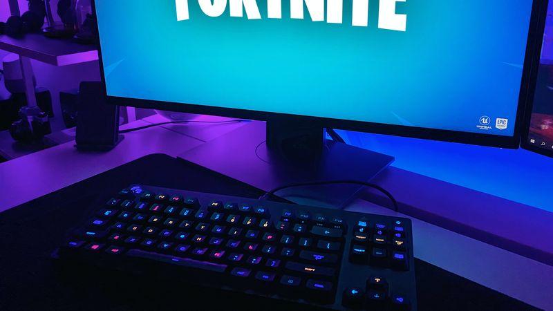 Fornite op een computerscherm