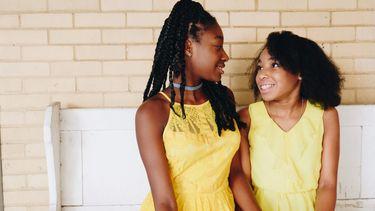 Twee tienerdochters