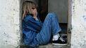 Kind dat gepest wordt en daardoor verdrietig is